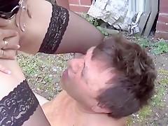 Aktiv dem Typ ins Maul gepisst