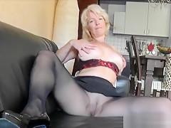 Kinky amateur milf