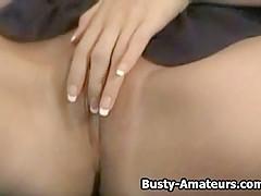 Busty amateur Gianna masturbates her pussy