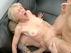 Amateur girls love cum
