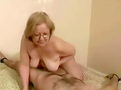 Older women love oral sex