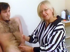 Horny Amateur clip with Cumshot, Handjob scenes