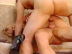 Exotic Amateur record with Doggy Style, Double Penetration scenes