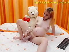 Andrea_rose amateur video on 11/20/14 12:11 from Chaturbate