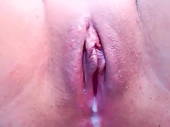 Chickymaya private record on 11/13/13 from Chaturbate