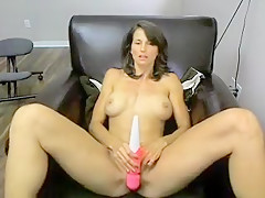 JuliePeters amateur video on 05/01/15 20:52 from MyFreeCams