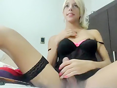 Karensoffia secret clip on 08/14/15 04:10 from Chaturbate