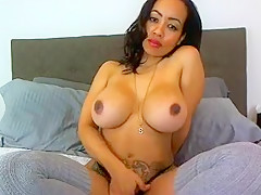 KittyVickie6 amateur video on 01/12/16 13:46 from MyFreeCams
