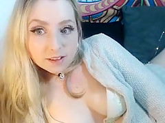 M_o_o_n_Shine amateur video on 11/12/15 00:22 from MyFreeCams