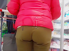 Cum on pant bottom in public areas