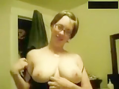 Huge tits girlfriend