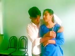 Desi College Couple Kiss Suck And Fuck Inside Class