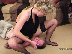 ### tongues female-dom bawdy cleft deeply and rims booty