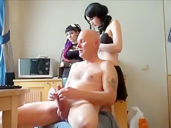 Unbelievable Romanian Girl Performs Hot Cam Show