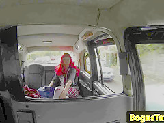 Romanian taxi babe pussylicked by cabbie