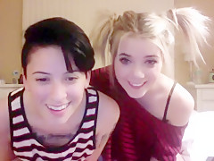 Sunniskyes webcam show at 03/17/15 10:01 from Chaturbate