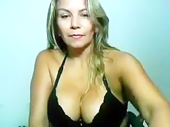 Sweetcharlyze webcam show at 04/07/15 07:32 from Chaturbate