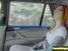 european taxi lesbian pussylicking her passenger