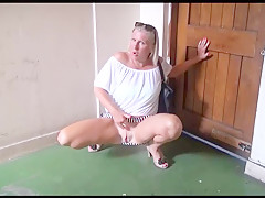 Mature wifes public voyeur adventures and outdoor masturbation of flashing old amateur babe