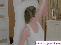euro rubdown sweetie jerking her masseur