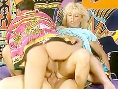 Drei Hippies beim Gruppensex