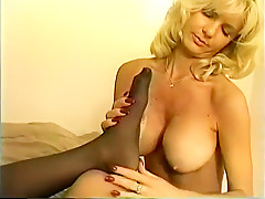 Yellow nude lesbians