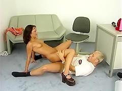 Hottest homemade blowjob, dildos/toys sex scene