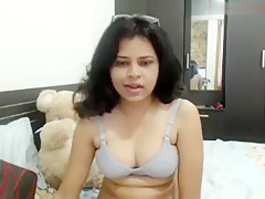 Sharmeen Aunty Webcam Show