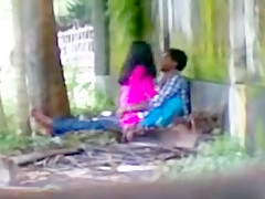 Couple In Park Love MMS