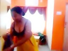 Bhabhi Changing Blouse