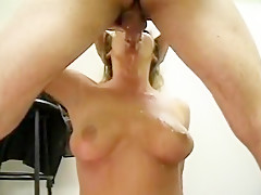Sexy Slut Gives Her All In Suckjob