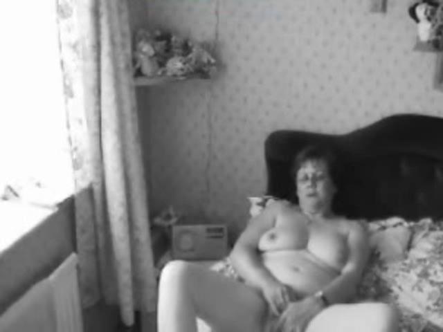 Дроч по русски скр камера, калигула в порно