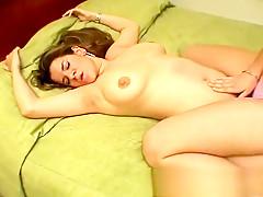 L?sbica Brasileira torturando amiga gordinha
