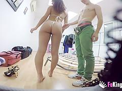 Teen girl cannot resist Jordi's dick!!