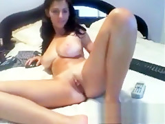 Girl with awesome juggs crazy dance on webcam