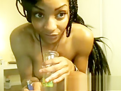 German based ebony amateur toying herself