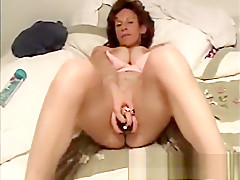 Amateur girlfriend toys and anal fuck with cumshot