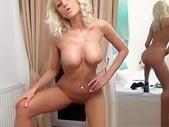 Big Boobs MILF webcam