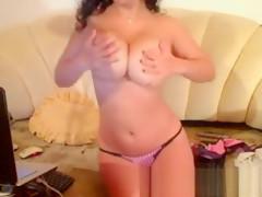 amateur blondyangel555 flashing boobs on live webcam