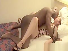 Interracial cuckold wife amateur sex video