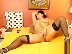 Chaturbate amateur girl hard fuck toys and orgasm