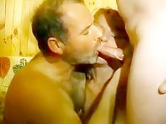 Vidéo porno à trois, entre ces deux français mature et pervers qui se partagent Christine cette belle femme blonde très gourmande.
