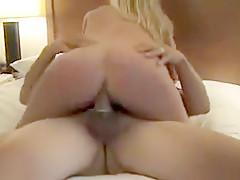 Very HOT Hotel FFM threesome...