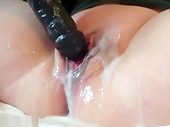 Holy SHIT this girl is wet