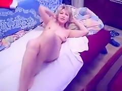 Amazing amateur college, bedroom, kissing xxx movie