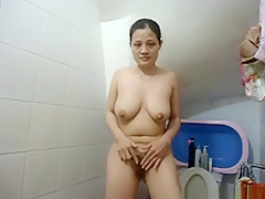 Fabulous exclusive cellphone, shaved legs, tease adult scene