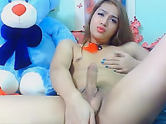 Super Gorgeous Asian Ladyboy Masturbation