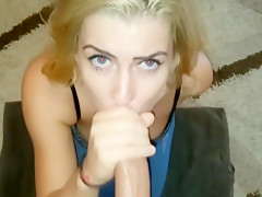 Sloppy Blowjob And A Facial From Tinder Date