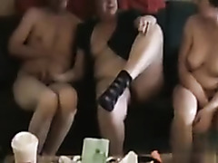 In the amateur porn video, I'm getting bj from a chubby