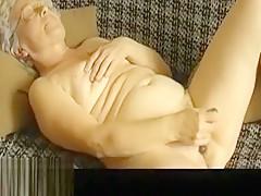 OmaPasS Hairy Granny Pussy Masturbation